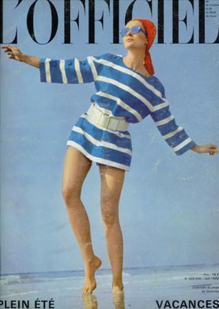 L'Officiel, June 1968 - Ensemble de Plage de Givenchy by Patrick Bertrand