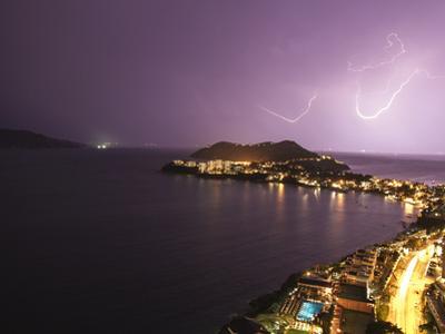 Thunder by Patrick de Talance