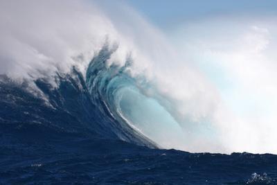 Wave, Side View of a Breaking Barrel