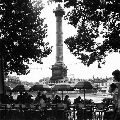 Street Cafe in the Rain, Colonne de Juillet, c1955