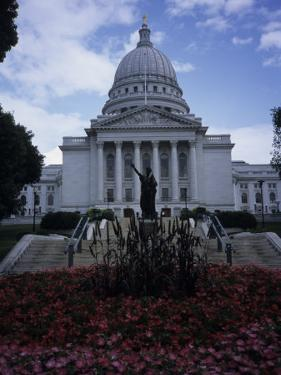 State Capitol Building in Madison by Paul Damien