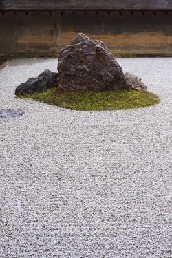 Kyoto, Japan by Paul Dymond