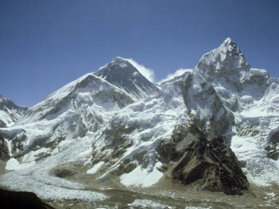 Mount Everest, Himalaya, Nepal by Paul Franklin