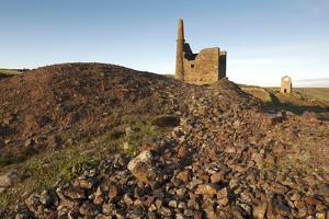 Old Tin Mine Workings, Botallack, Pendeen,Cornwall, England by Paul Harris