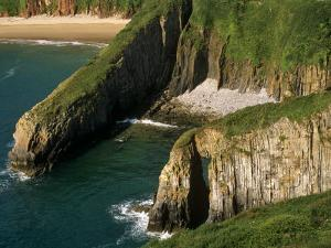Pembrokeshire, Skrinkle Haven on the South Coast of Pembrokeshire, Wales by Paul Harris