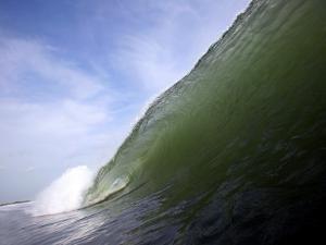 Unridden Wave at Popular Surfing Beach Playa Aserradores by Paul Kennedy