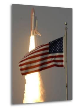 Space Shuttle by Paul Kizzle