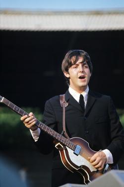 Paul Mccartney Playing Bass and Singing