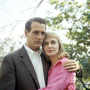 PAUL NEWMAN AND JOANNE WOODWARD in the 50's (photo)