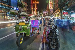 Bangkok at night, Bangkok, Thailand, Southeast Asia, Asia by Paul Porter