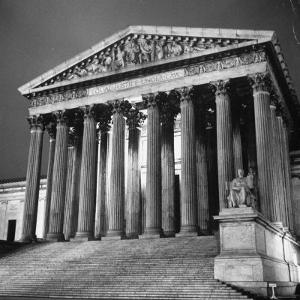 Exterior of the Supreme Court Building by Paul Schutzer
