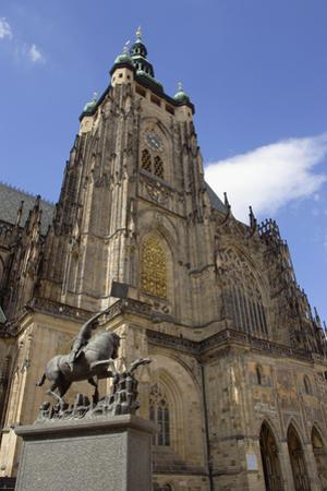 St Vitus's Cathedral by Paul Seheult