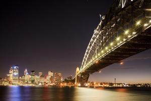 Harbour Bridge, Sydney, Australia by Paul Souders
