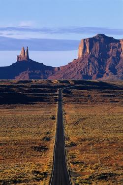 Road Through Monument Valley Navajo Tribal Park by Paul Souders