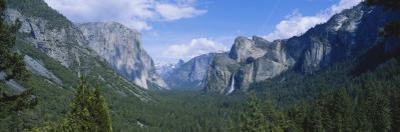 View of Bridal Veil Falls at Yosemite Valley, Yosemite National Park, California, USA by Paul Souders