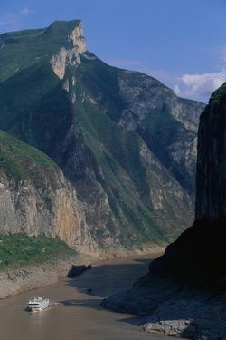 Yangtze River and Qutang Gorge by Paul Souders