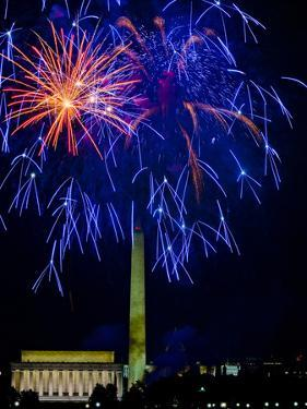 Independence Day Fireworks over the Lincoln Memorial and the Mall by Paul Sutherland