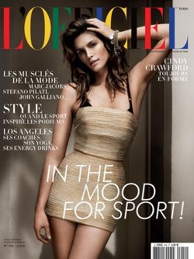 L'Officiel, April 2010 - Cindy Crawford by Paul Wetherell