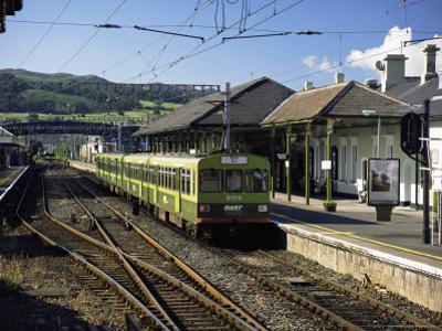 The Dart, Dublin's Light Railway, Bray Railway Station, Dublin, Eire (Republic of Ireland) by Pearl Bucknall