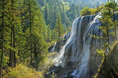 https://imgc.allpostersimages.com/img/posters/pearl-shoal-waterfall-jiuzhaigou-national-park-sichuan-province-china-east-asia_u-L-Q12SDDC0.jpg?p=0