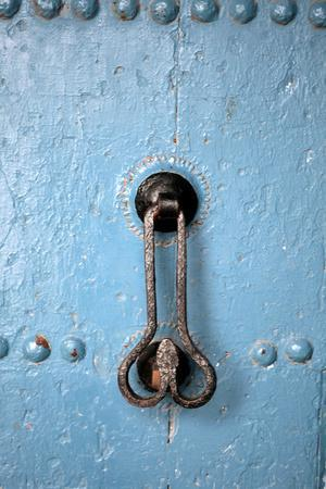 https://imgc.allpostersimages.com/img/posters/penis-shaped-knocker-azemmour-morocco_u-L-Q1GYJE40.jpg?artPerspective=n
