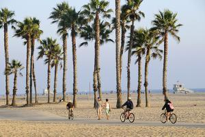 People Cycling the South Bay Cycle Route in the Town of Santa Monica Near Los Angeles
