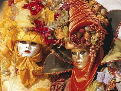 https://imgc.allpostersimages.com/img/posters/people-wearing-masked-carnival-costumes-venice-carnival-venice-veneto-italy_u-L-P2K9SD0.jpg?p=0