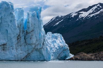 https://imgc.allpostersimages.com/img/posters/perito-moreno-glacier_u-L-PNGNW90.jpg?p=0