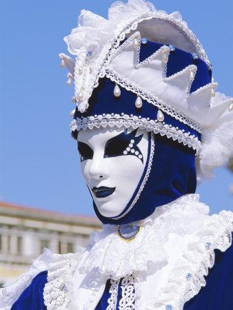 https://imgc.allpostersimages.com/img/posters/person-wearing-masked-carnival-costume-venice-carnival-venice-veneto-italy_u-L-P2K9UJ0.jpg?p=0
