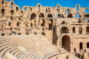 Amphitheater in El Jem, Tunisia by perszing1982