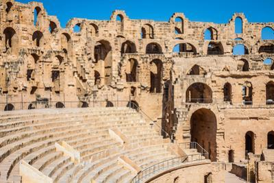 Amphitheater in El Jem, Tunisia by perszing1982