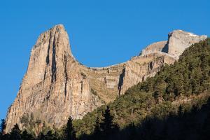 Monte Perdido in Ordesa National Park, Huesca. Spain. by perszing1982