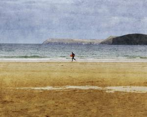 Beach Surf by Pete Kelly