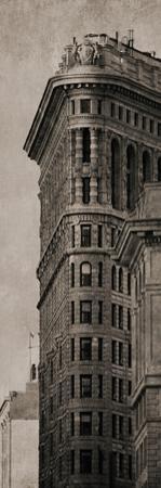 City Edge - Noir by Pete Kelly