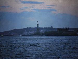 Liberty at Sea by Pete Kelly