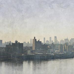 Silver Mist I by Pete Kelly