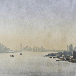 Silver Mist III by Pete Kelly