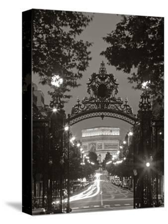 Arc de Triomphe, Paris, France by Peter Adams