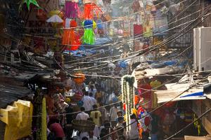 Central Bazaar District, Mumbai, India by Peter Adams