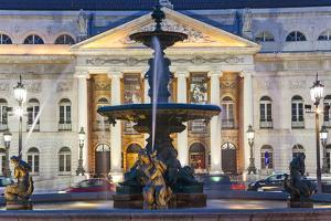 D. Maria II National Theatre, Rossio Square, Lisbon, Portugal by Peter Adams