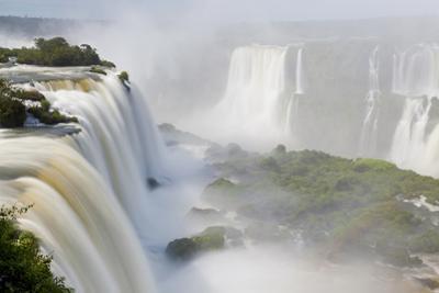 Iguacu Falls, Cataratta Foz Do Iguacu, Parana, Iguazu NP, Brazil by Peter Adams