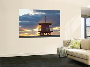 Lifeguard Hut, South Beach, Miami, Florida, Usa by Peter Adams