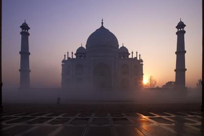 Taj Mahal at Sunrise, UNESCO World Heritage Site, Agra, Uttar Pradesh, India, Asia by Peter Barritt