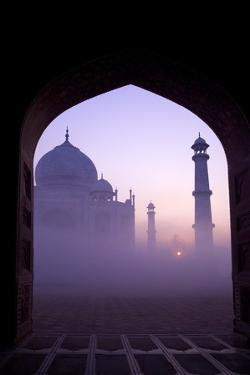 Taj Mahal at Sunrise, UNESCO World Heritage Site, Agra, Uttar Pradesh, India, Asia by Peter Barritt