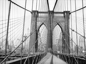 Brooklyn Bridge, 1948, New York, USA by Peter Bennett