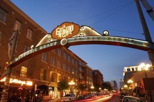 Gateway Arch, Gaslamp Quarter, San Diego, California, USA by Peter Bennett