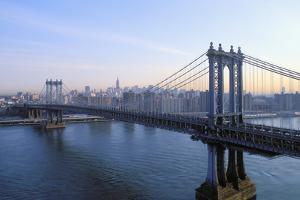 Manhattan Bridge, Manhattan, New York, USA by Peter Bennett