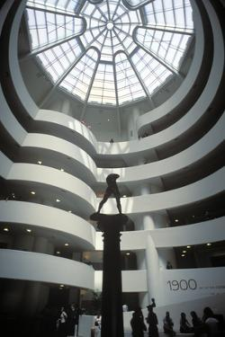 Solomon R, Guggenheim Museum, Manhattan, New York, USA by Peter Bennett