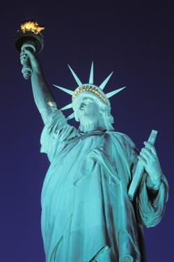 Statue of Liberty, New York, USA by Peter Bennett