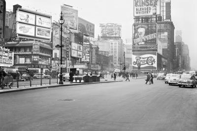 Times Square, 1948, New York by Peter Bennett